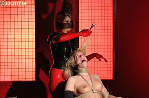 Tall curvy blonde gets roped, tortured a - XXX Dessert - Picture 13