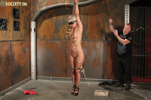 Lovely blonde tied, hung, gagged, shocke - XXX Dessert - Picture 14