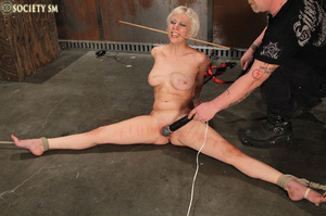 Lovely blonde tied, hung, gagged, shocke - XXX Dessert - Picture 15