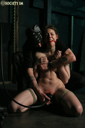 Brunette roped, suspended, racked and to - XXX Dessert - Picture 8