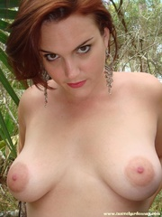 curvy redhead jeans and