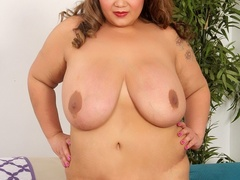 Chubby ebony, blonde and brunettes flaunt and lick hot - Picture 8
