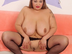 Big tits chubby tattoo brunette in blue corset drills - Picture 7