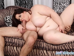 Chubby brunette in pink and black lingerie sucks dick - Picture 6
