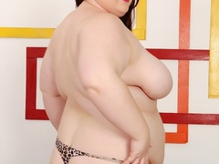 Chubby babe in pink dress and spotty lingerie fucks - Picture 5