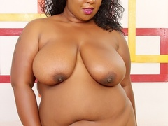 Busty ebony in black and pink lingerie shows big ass, - Picture 7