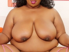 Busty ebony in black and pink lingerie shows big ass, - Picture 10