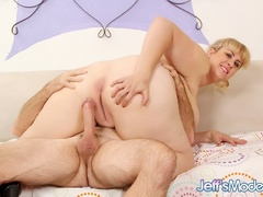 Hot tits chubby blonde in black works cock with mouth, - Picture 8