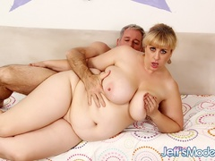 Hot tits chubby blonde in black works cock with mouth, - Picture 12