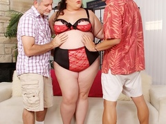 Big chubby brunette in black and red lingerie sucks and - Picture 1