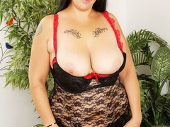 Hot tattooed brunette in red and black negligee sucks - Picture 3