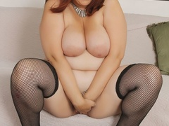 Hot plump chick in blue negligee and black stockings - Picture 9