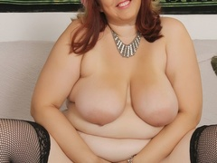 Hot plump chick in blue negligee and black stockings - Picture 10