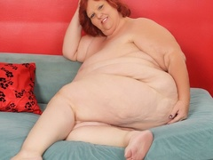 Hot and big redhead in black and pink lingerie shows fat - Picture 10