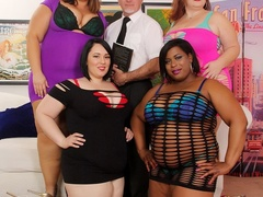 One lucky dude, ebony babe and three big brunettes in - Picture 1