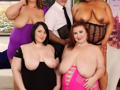 One chubby ebony babe and three brunettes strip to take - Picture 2