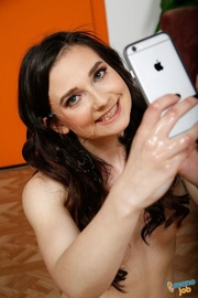 gorgeous lady uses vibrator