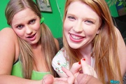 two blonde babes make