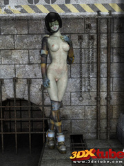 Curvy alien prisoner babe spreads legs and shows pink - Picture 1