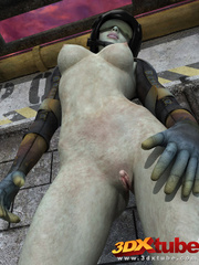 Scaly lady soldier fingers her pink pussy while lying - Picture 2