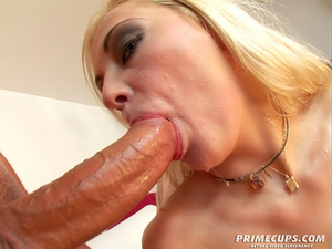 Blonde girl gets her holes filled with h - XXX Dessert - Picture 9