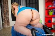 beautiful fat chick strips