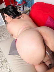 Indulging babe displays her fat body then reveals her - Picture 15