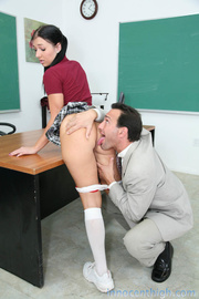 young girls gets spanked