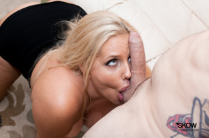 Mature blonde with massive tits takes it - XXX Dessert - Picture 2