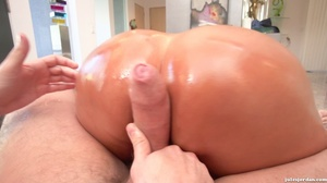 Slut oils up her giant tits and pussy for great fucking. - XXXonXXX - Pic 11