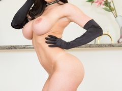 Brunette babe strips her sexy black lingerie for - XXXonXXX - Pic 15