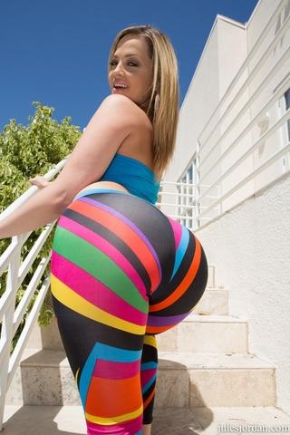 blonde gal strips arousing