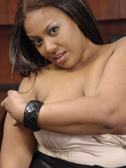 Fat office ebony slowly peels off her white blouse, - Picture 2