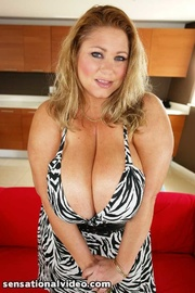 hot size milf shows