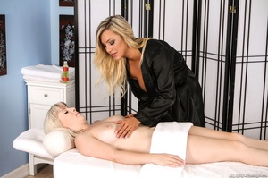Two blonde lesbians 69 before sharing a dildo in this raunchy massage session - XXXonXXX - Pic 4