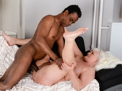Black guy in white shirt fucks blonde granny on - XXXonXXX - Pic 12