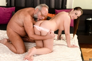 Old man sucks and fucks a young brunette's pussy on white sheets - XXXonXXX - Pic 5