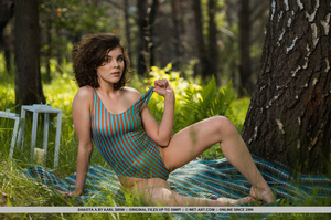 Hot brunette in sexy swimsuit loves to have some fresh air for her wet pussy - XXXonXXX - Pic 2