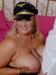 Fat police hottie in black hat, uniform, stockings and - Picture 8