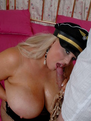 Fat police hottie in black hat, uniform, stockings and - Picture 11