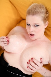 fat blonde with saggy