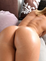 Blue-eyed blonde gets her phat booty covered in - XXXonXXX - Pic 8