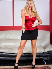 Black skirt and red top blonde domme posing and - XXXonXXX - Pic 2