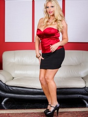 Black skirt and red top blonde domme posing and - XXXonXXX - Pic 6