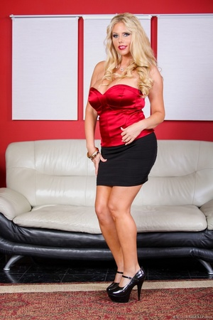 Black skirt and red top blonde domme posing and looking busty - XXXonXXX - Pic 6