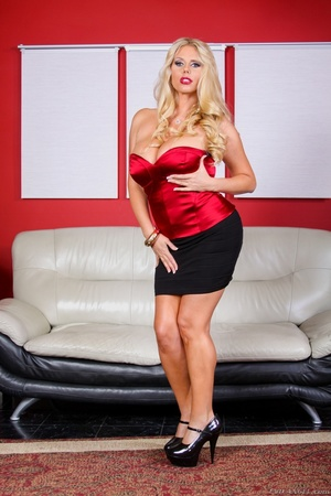 Black skirt and red top blonde domme posing and looking busty - XXXonXXX - Pic 7
