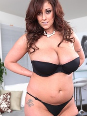Exotic brunette with saggy tits taking off her - XXXonXXX - Pic 5