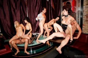 It's a sex party at a strip club for this group of horny folks. - XXXonXXX - Pic 5