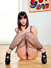 Provocative brunette with sexy face in black - XXXonXXX - Pic 14