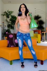 brunette slut jeans shows